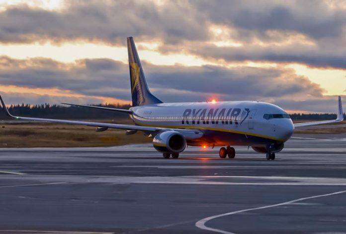 Η Ryanair ξεκινά πτήσεις Αθήνα - Ηράκλειο από τις 15 Ιουνίου