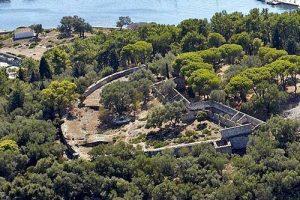 Ο Δήμος Παξών ζητά τη χρηματοδότηση μελέτης μνημείων της νησίδας Αγίου Νικολάου