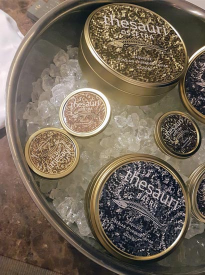 Το ελληνικό χαβιάρι Thesauri Caviar στη Μύκονο