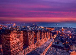 Αυξήθηκαν οι Έλληνες μειώθηκαν οι Ρώσοι και οι Τούρκοι επισκέπτες