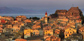Ελληνικός Τουρισμός: Τα προβλήματα που εκθέτουν την Ελλάδα