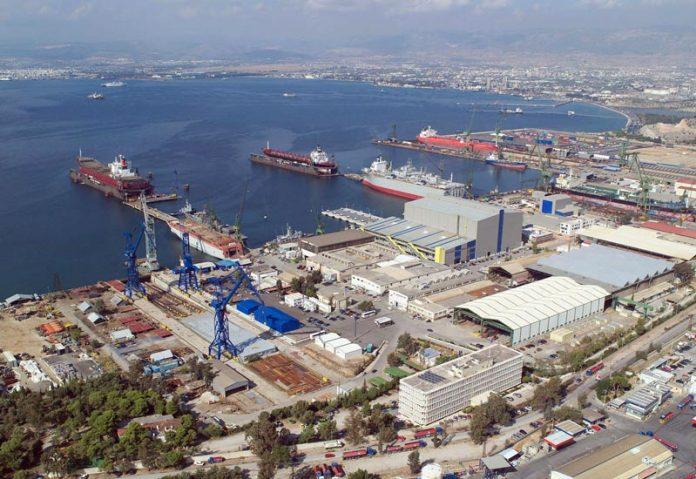 Ημιβύθιση πλωτής δεξαμενής στα ναυπηγεία Ελευσίνας