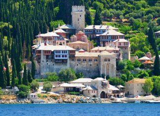 Οι Ρώσοι επιλέγουν Ελλάδα και το Φθινόπωρο