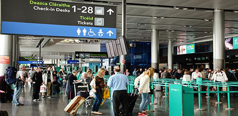 ουρές στα αεροδρόμια