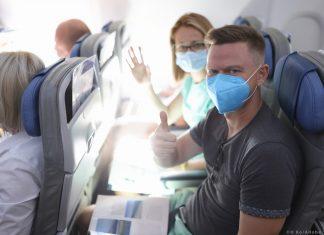 τουρίστες αεροπλάνο